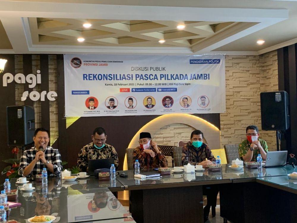 Suasana diskusi publik yang digelar Kopipede Provinsi Jambi