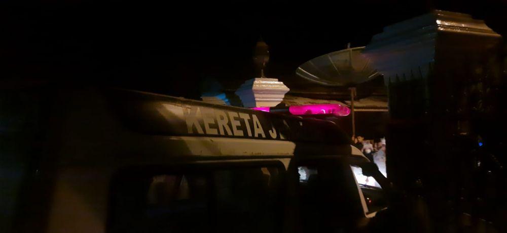 Korban H Syafri saat dibawa ke RSUD Kol Abundjani Bangko